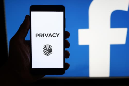 Facebook Promises a Large Bounty for Finding Data Leaks