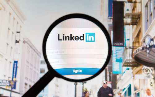 Is LinkedIn increasingly becoming a network of fake users?
